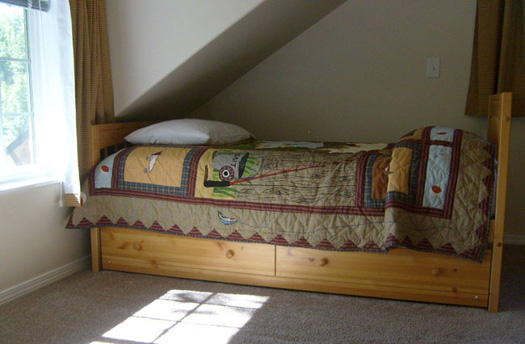 Comfortable beds in your private log cabin lodging near Talkeetna Alaska